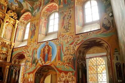 보고야브렌스키 성당 내부 12