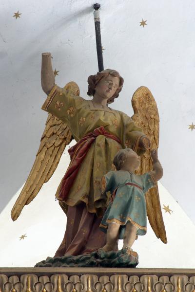 라도보예 성삼위일체 교회 제단 03