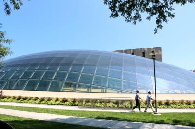 시카고 대학교, 만수에토 도서관 05