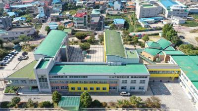 이월초등학교