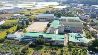 이월초등학교 11