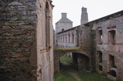 크르쉬토포르 성 유적 상세사진  01