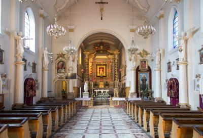 칼코브 슬픔의 성모 교회 내부