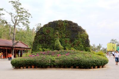 남산불교문화원, 불이문 13