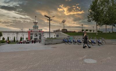 포스토바 광장 06