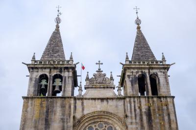 폼베이루 성모 마리아 수도원 상세