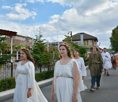 다나이스 고대 축제  05