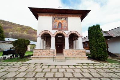 포로브라기 수도원 교회