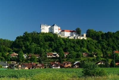 루프치안스키 성 파노라마