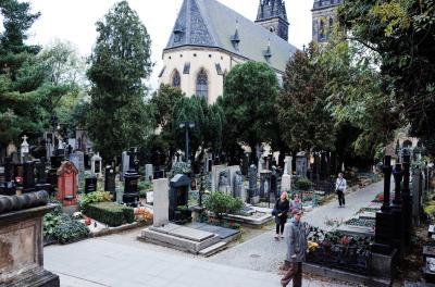비셰흐라드 묘지 05