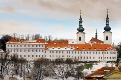 스트라호프 수도원 겨울