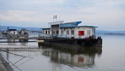 드로베타투르누세베린 항구 02