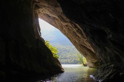 포니코바 동굴 02