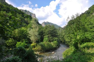 메헤딘치 산 체르나 강 02