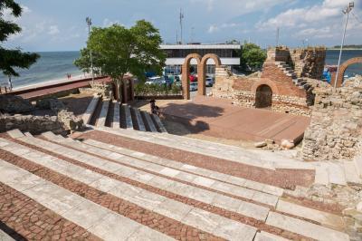 네세바르 고대 극장  01