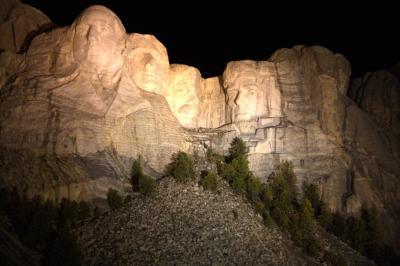 러시모어산, 야간 점등식 04