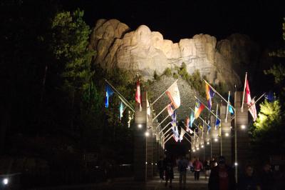 러시모어산, 야간 점등식 02