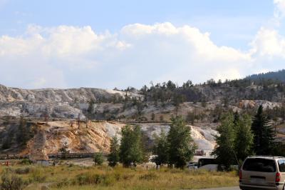 옐로우스톤 국립공원, 맘모스핫스프링, 마을 모습