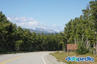 글레이셔 국립공원에서 캐나다 국제 경계 가는 길