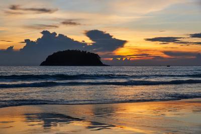 카타 해변 석양  06
