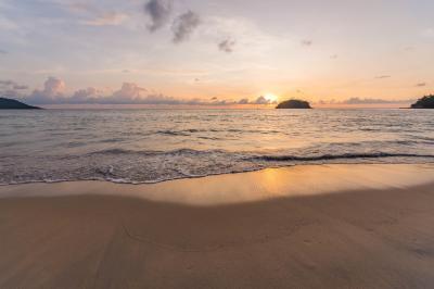 카타 해변 석양  05