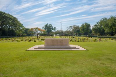 총카이 전쟁 공동묘지  03