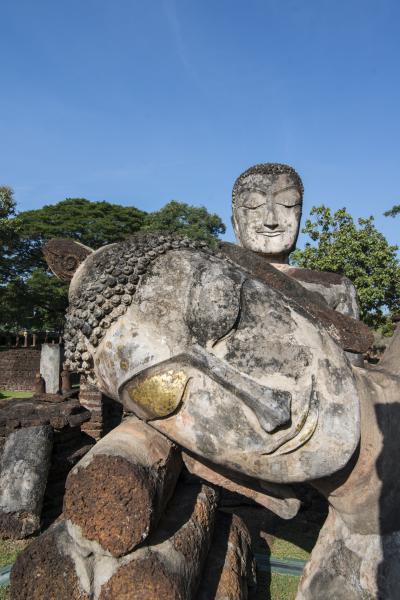 왓 프라 논 불교 사원  09