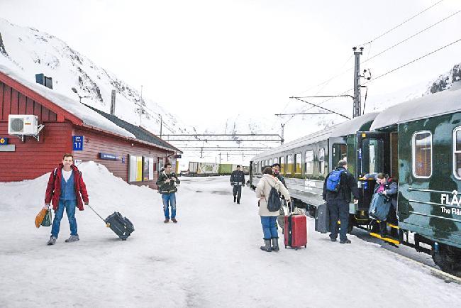 기차가 지나는 설국 마을, 뮈르달(Myrdal)