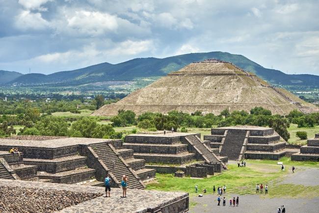 아메리카 대륙 최고의 피라미드 유적지 테오티우아칸