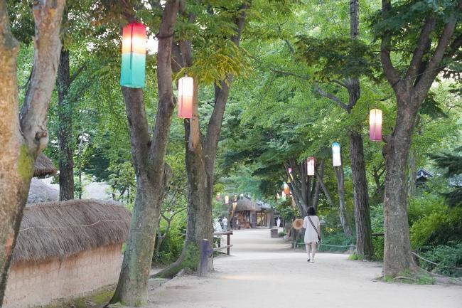 옛것에서 찾는 여행의 풍요로움, 용인 한국민속촌