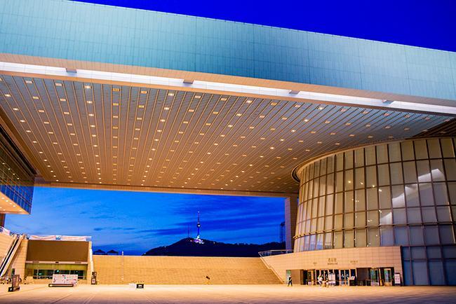 무더운 여름밤 시원하게 즐기는 국립중앙박물관 야간개장