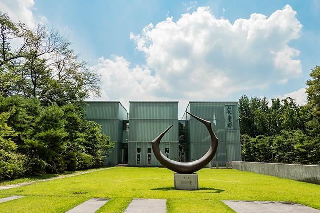 안중근 의사 기념관, 그의 생애를 기록하다