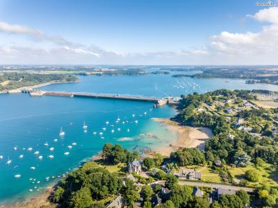 해적의 도시라고 불리며  17세기에는 프랑스 최고의 항구로 이름을 날렸다.