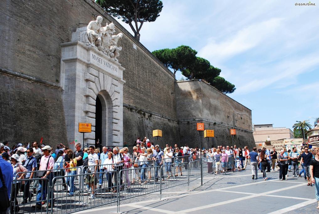 [4] 주소 및 위치  Viale Vaticano, 00165 Roma RM, 이탈리아 지하철 A선 치프로(Cipro)역 또는 오타비아노(Ottaviano)역 인근