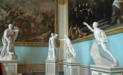 우피치미술관은 피렌체를 여행한다면 반드시 가보아야 할 장소로 꼽히며,  한 해 200만 명이 넘는 인원이 방문하는 곳으로  2016년에는 이탈리아에서 가장 많은 사람들이 방문한 미술관으로 선정되기도 했다.