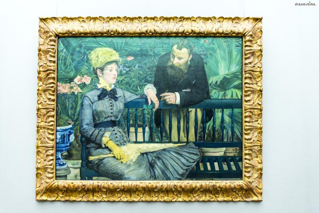 [9] 대표 소장품2  인상주의의 아버지로 불리는 프랑스 화가,  에두아르 마네의 작품인 《온실에서》도 이곳에서 만나볼 수 있다.  1896년 프랑스에서 처음 이 작품을 들여왔을 때  황제가 이를 보기 위해 미술관에 들렀을 정도로  구국립미술관에 많은 활기를 불어넣어준 작품이다.
