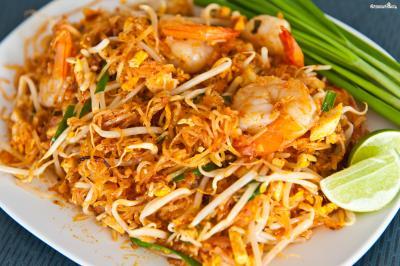 기본 팟타이에 새우를 듬뿍 넣고 볶은 '팟타이꿍(Phat Thai Goong)' 역시 사랑받는 태국 음식이다.