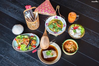 [TIP. 알아두면 좋은 간단 태국어] 팟(Phat)=볶다, 똠(Tom)=끓이다 카오(Khao)=쌀, 꿍(Goong)=새우  뿌(Poo)=게, 무(Moo)=돼지고기